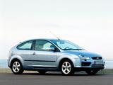 Ford Focus 3-door 2004–08 photos