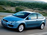 Ford Focus 3-door 2004–08 pictures