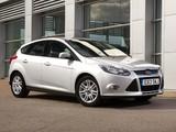 Images of Ford Focus 5-door UK-spec 2010