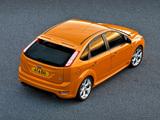 Photos of Ford Focus ST 5-door 2008–10