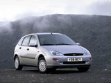 Pictures of Ford Focus 5-door 1998–2001