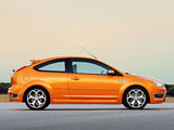 Pictures of Ford Focus ST 3-door 2005–07