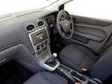 Pictures of Ford Focus 5-door ZA-spec 2005–06