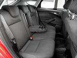 Pictures of Ford Focus 5-door 2010