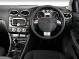 Pictures of Ford Focus 5-door ZA-spec 2010–11