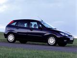 Ford Focus 5-door 2001–04 wallpapers