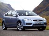 Ford Focus 5-door UK-spec 2004–08 wallpapers