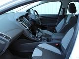 Ford Focus 5-door UK-spec 2010 wallpapers