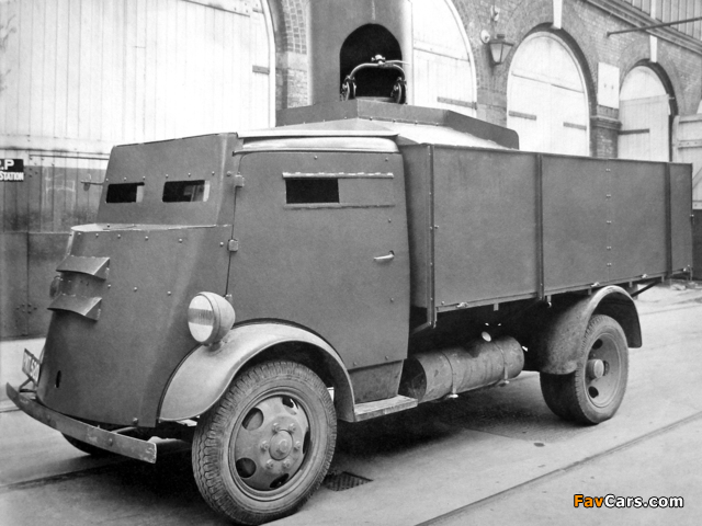 Fordson 7V Armoured Cab 1937–47 wallpapers (640 x 480)