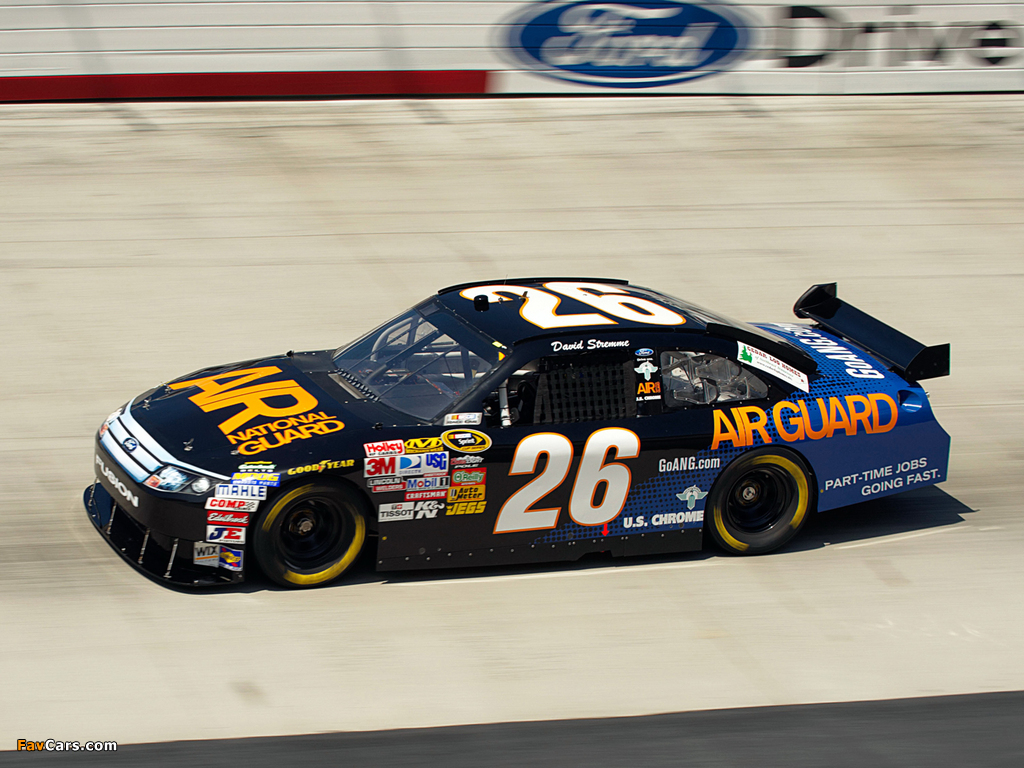 Ford Fusion NASCAR Sprint Cup Series Race Car 2009–12 pictures (1024 x 768)