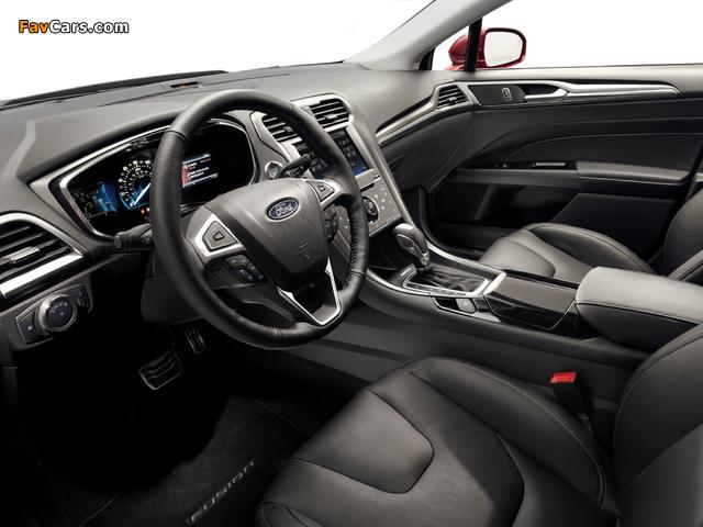 Ford Fusion Titanium 2012 images (640 x 480)