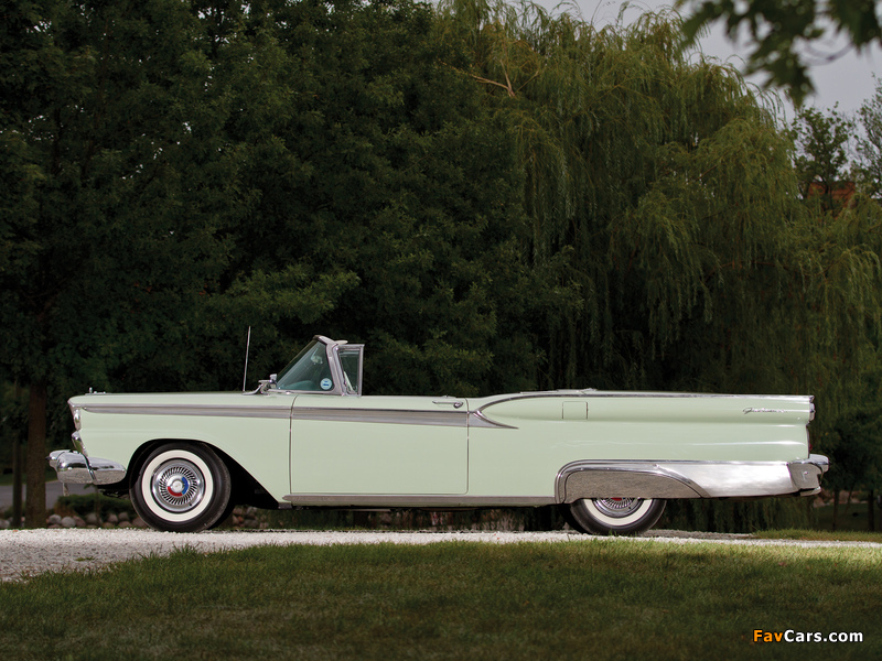 Ford Galaxie Skyliner 1959 wallpapers (800 x 600)