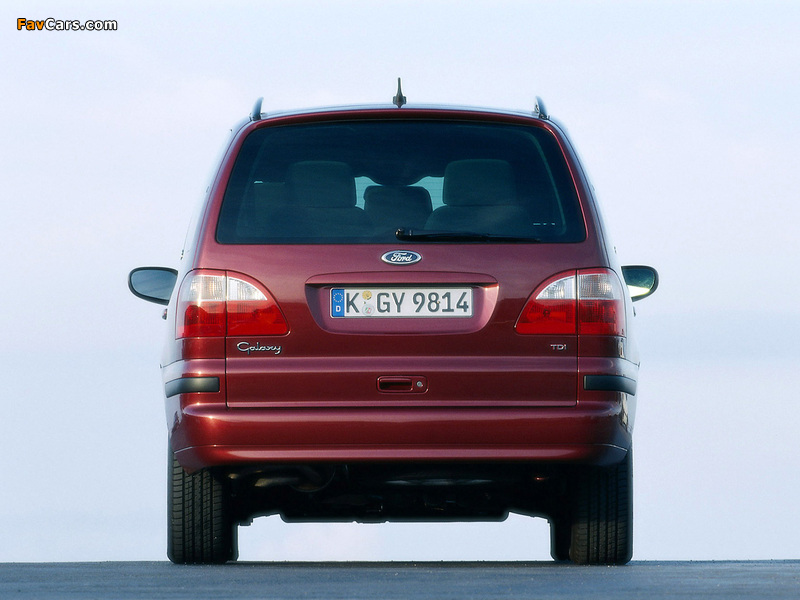 Ford Galaxy 2000–06 wallpapers (800 x 600)