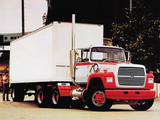 Ford L9000 1981–96 photos