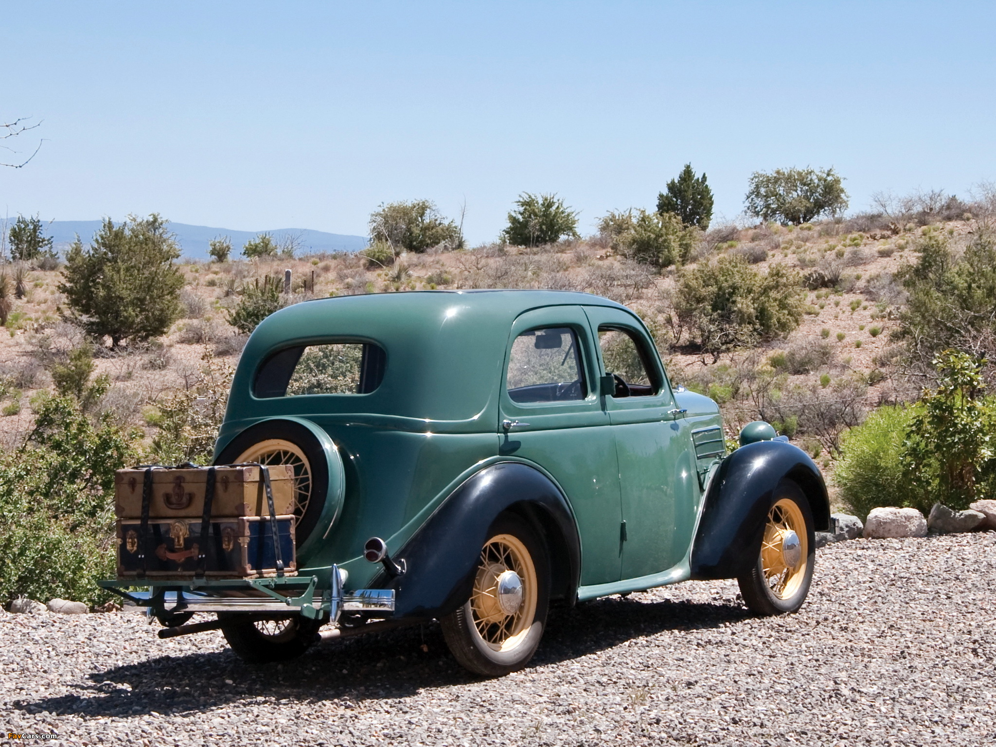 Ford Model CX Saloon 1935–38 wallpapers (2048 x 1536)