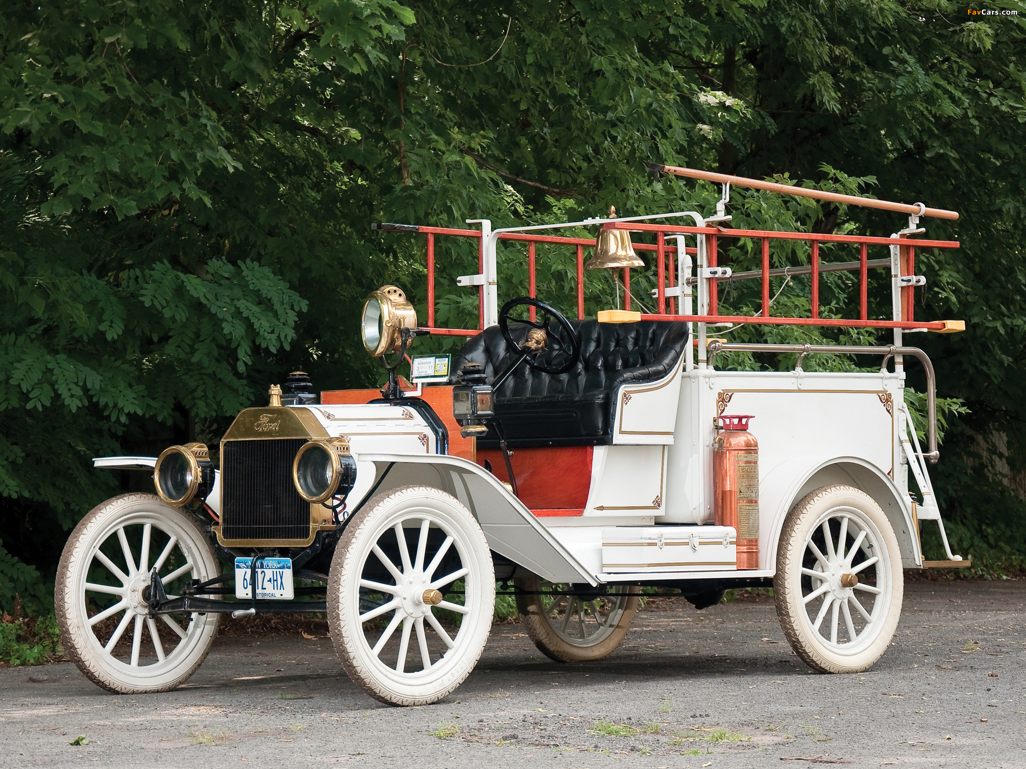 Ford Model T Firetruck 1913 pictures (2048 x 1536)