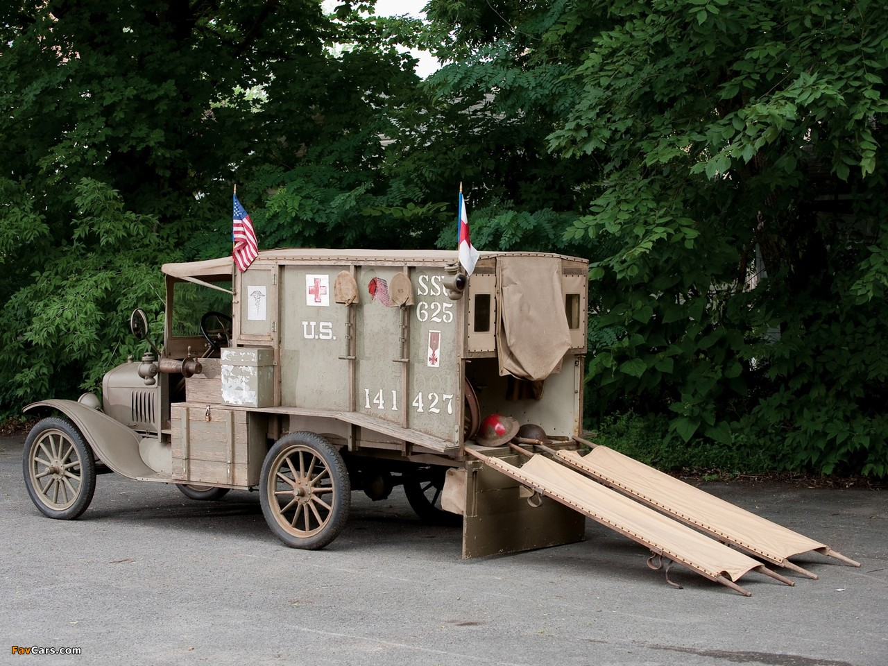 Ford Model T Ambulance 1917 photos (1280 x 960)