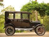 Ford Model T Fordor Sedan 1923–24 photos