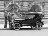 Ford Model T Fordor Touring 1926 photos