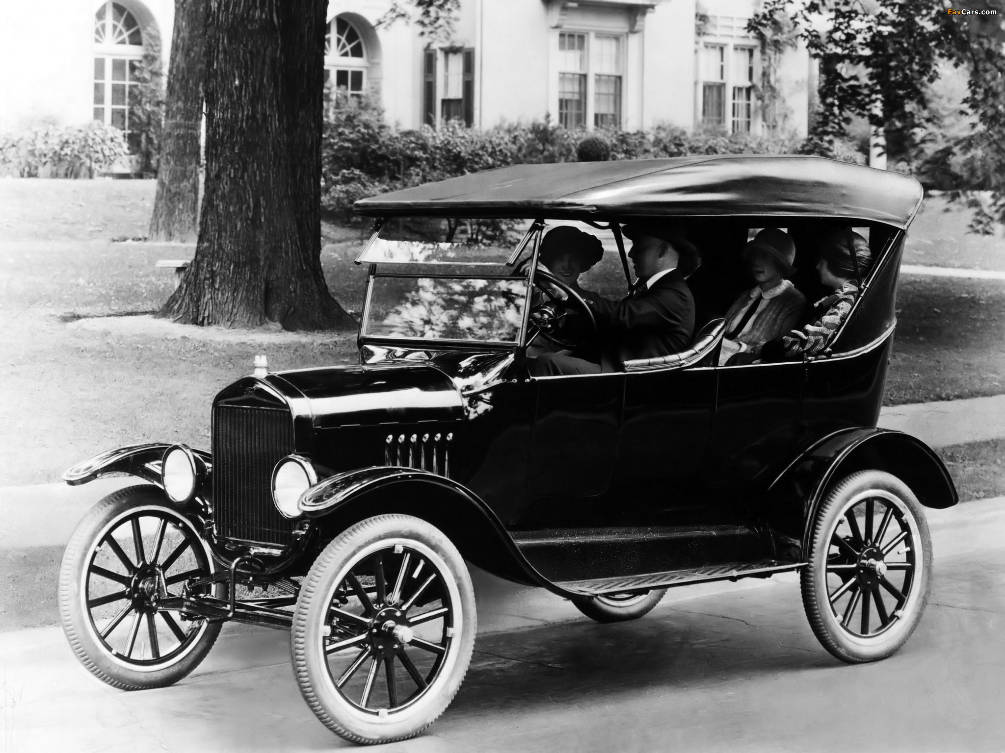 All Model Car >> Images of Ford Model T Touring 1920 (2048x1536)
