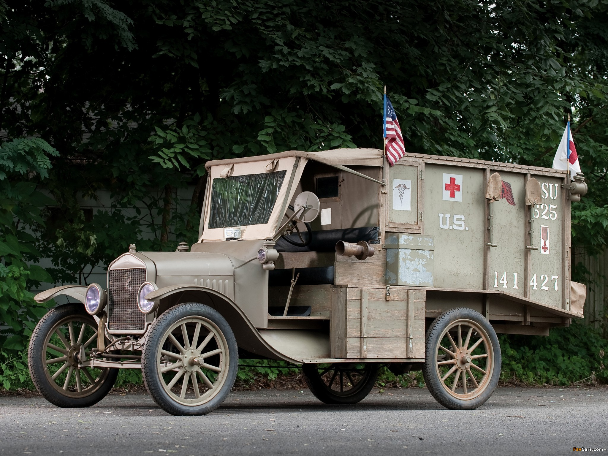 Ford Model T Ambulance 1917 wallpapers (2048 x 1536)