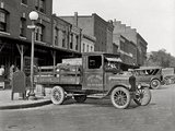 Images of Ford Model TT Flatbed Truck 1926