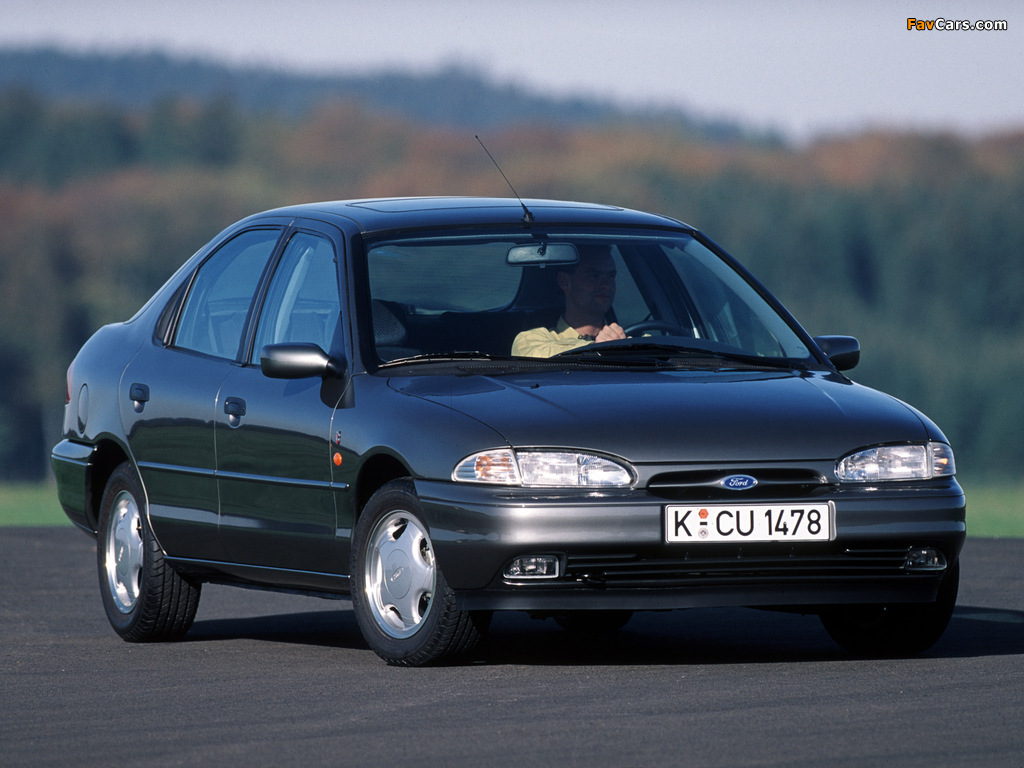 Ford Mondeo Hatchback 1993 96 Wallpapers 1024x768