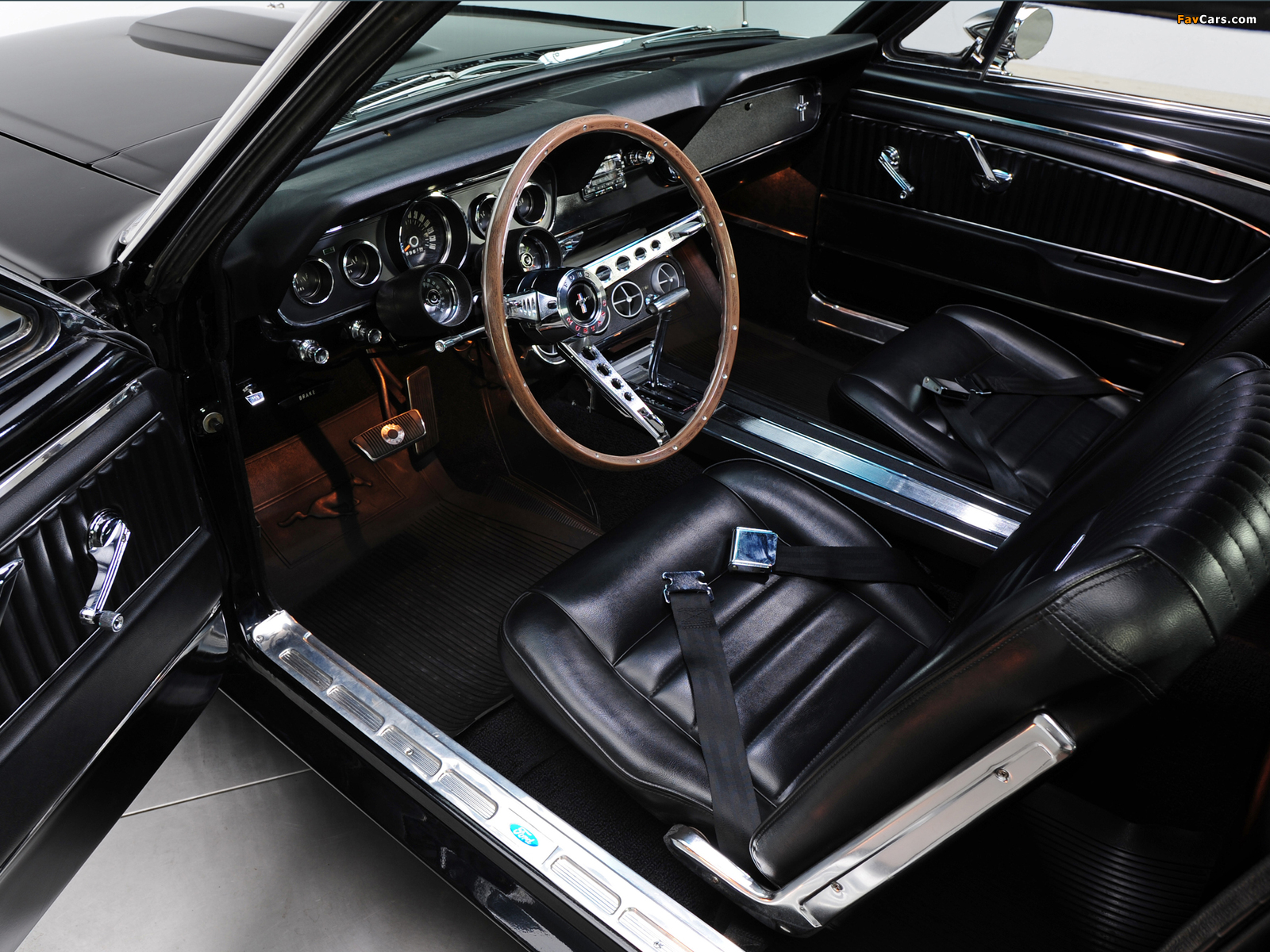 Mustang GT Coupe 1966 pictures (1600 x 1200)