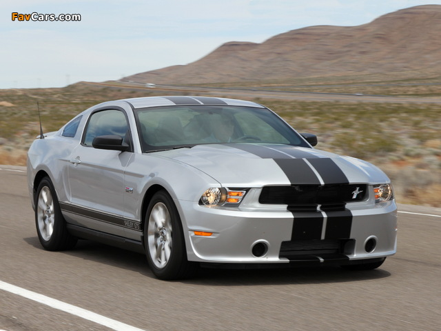 Shelby GTS 2011 wallpapers (640 x 480)
