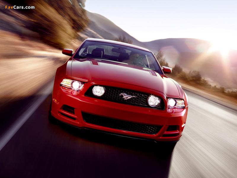 Mustang 5.0 GT 2012 photos (800 x 600)