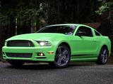 Photos of Mustang V6 2012