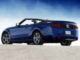 Photos of Mustang V6 Convertible 2012