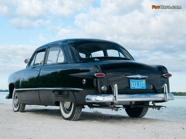 Images of Ford V8 Standard Tudor Sedan (70A) 1949 (640 x 480)