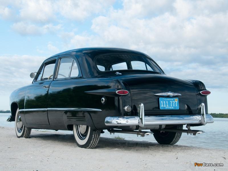 Images of Ford V8 Standard Tudor Sedan (70A) 1949 (800 x 600)