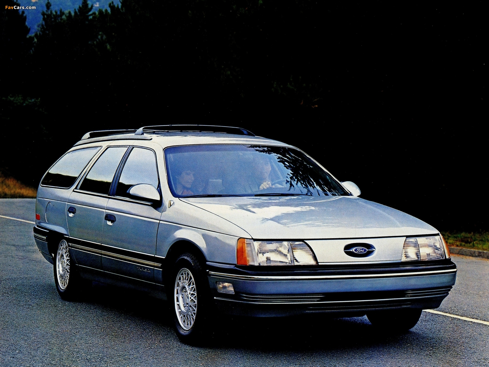 Photos of ford taurus wagon 1985 91