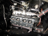 Pictures of Ford V8 Roadster (18-40) 1932