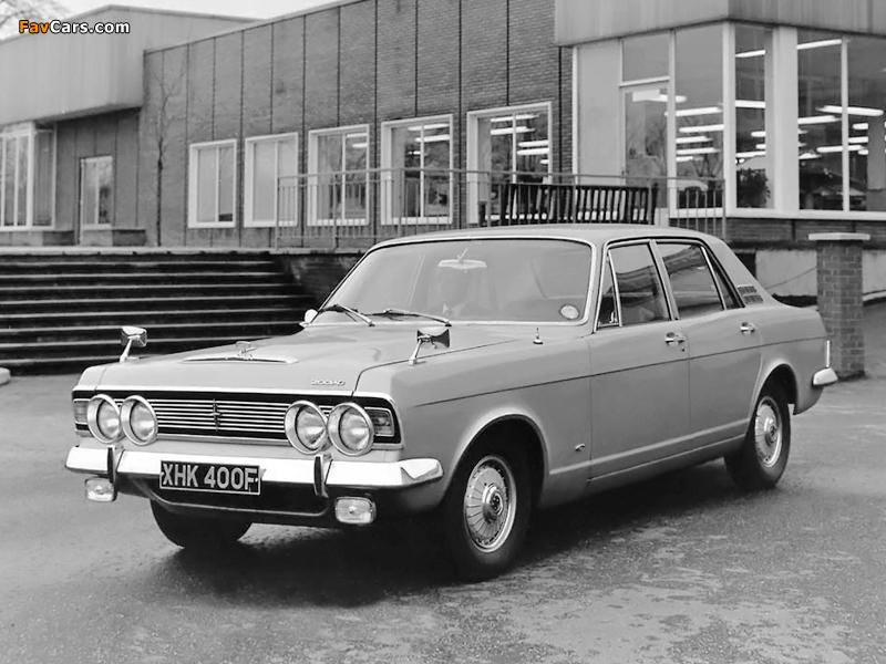 Photos of Ford Zodiac Executive Saloon (3012E) 1966–72 (800 x 600)