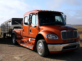 Freightliner Business Class M2 106 Crew Cab 2002 images