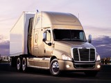 Wallpapers of Freightliner Cascadia Raised Roof 2007