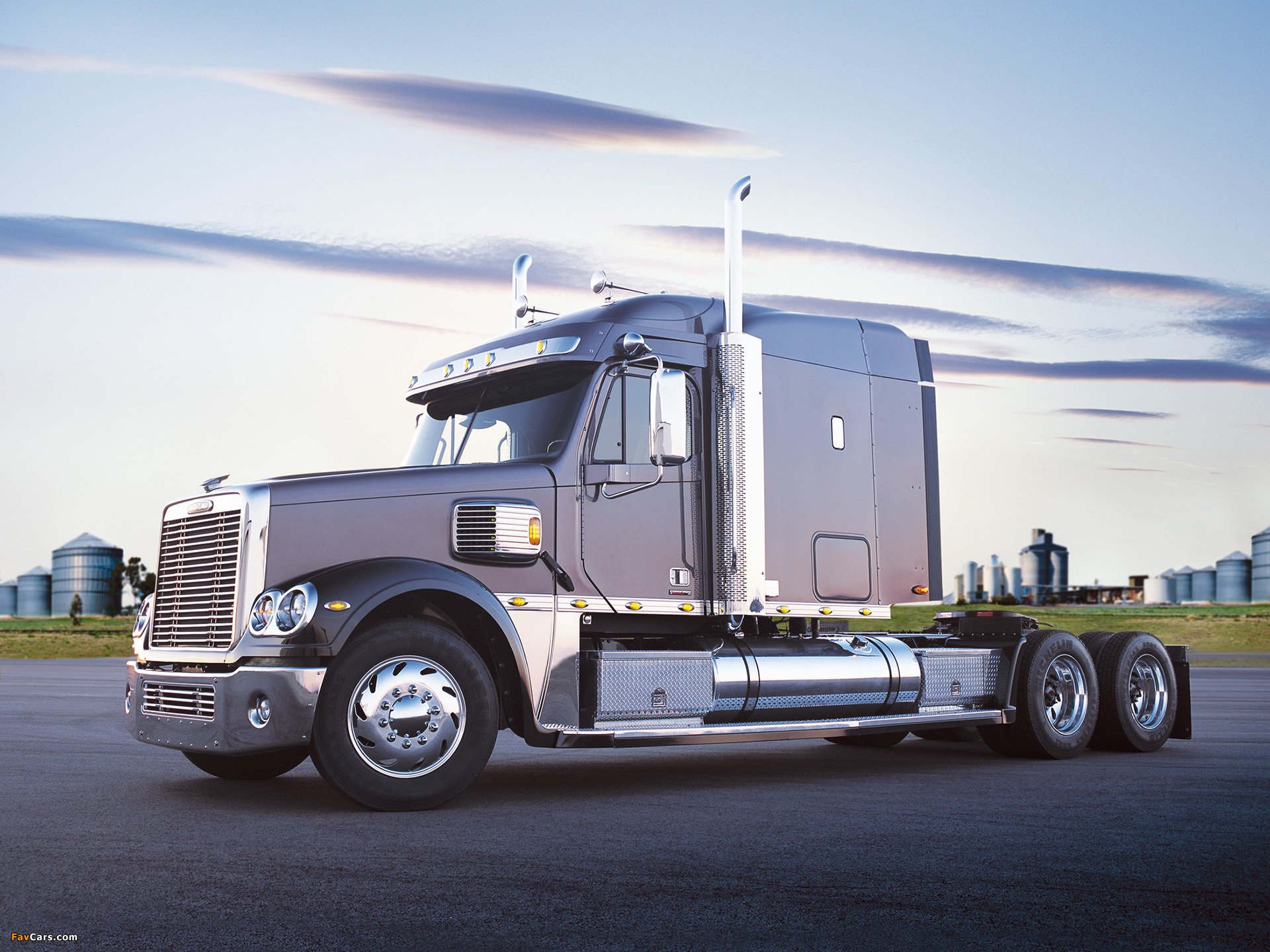 Freightliner Coronado XT 2002–09 wallpapers (1920 x 1440)
