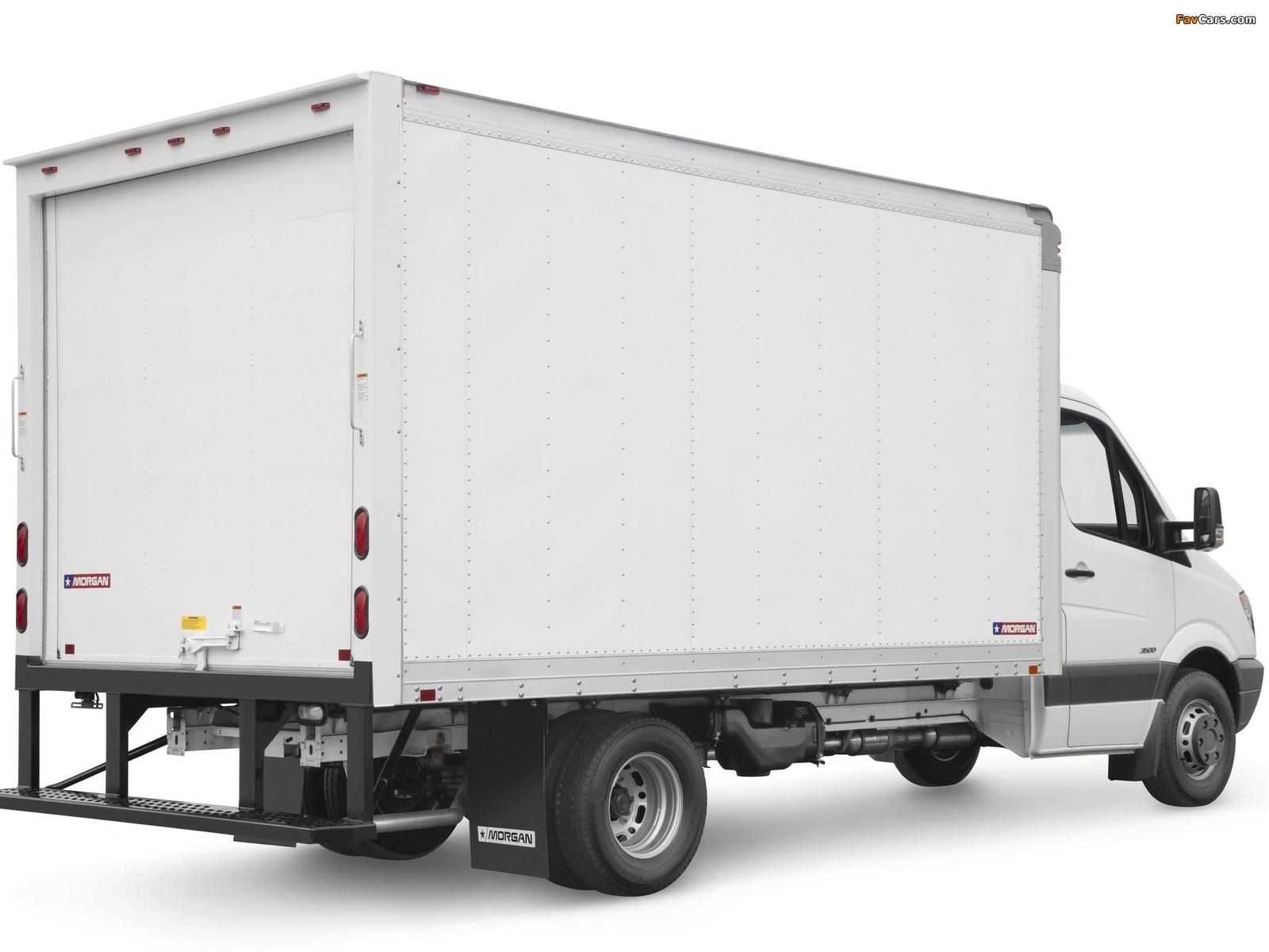 Freightliner Sprinter 3500 Box Van 2006 wallpapers (1600 x 1200)