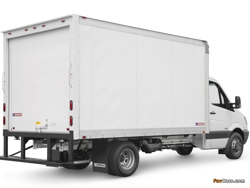 Freightliner Sprinter 3500 Box Van 2006 wallpapers (800 x 600)