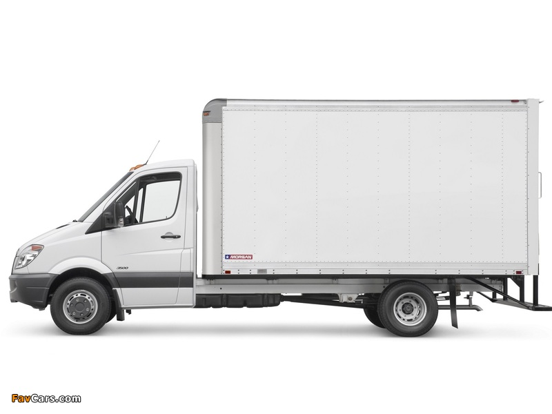 Images of Freightliner Sprinter 3500 Box Van 2006 (800 x 600)