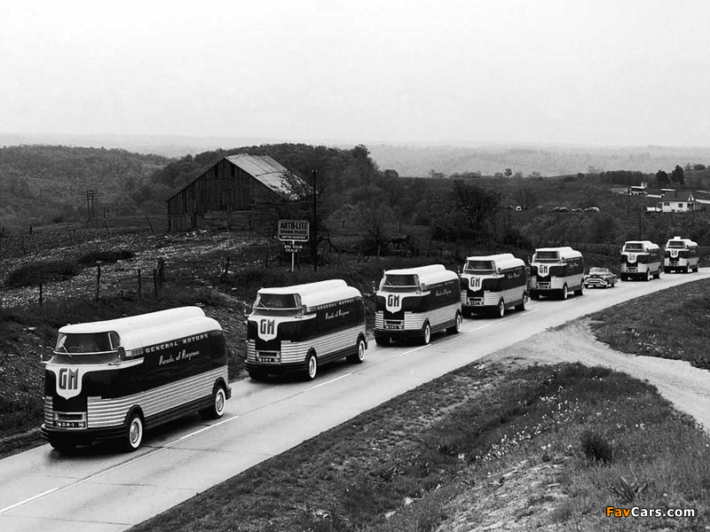 Photos of GM Futurliner 1940 (800 x 600)