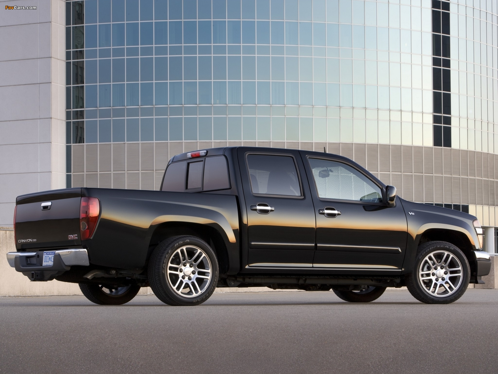 GMC Canyon Crew Cab Sport Suspension Package 2006 photos (1600 x 1200)