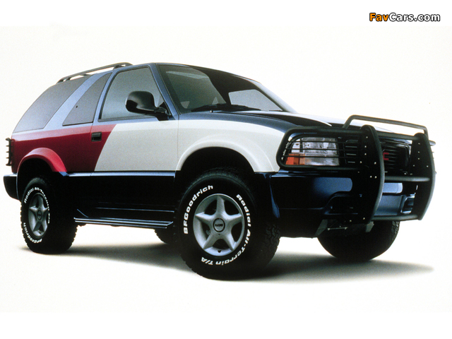 Images of Tommy Hilfiger GMC Jimmy Concept 1998 (640 x 480)