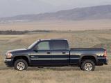 GMC Sierra Crew Cab 2002–06 images