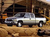 GMC Sierra Extended Cab 2002–06 images