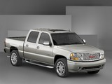 Pictures of GMC Sierra Denali Crew Cab 2004–06