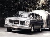 Images of GMC Suburban 1983